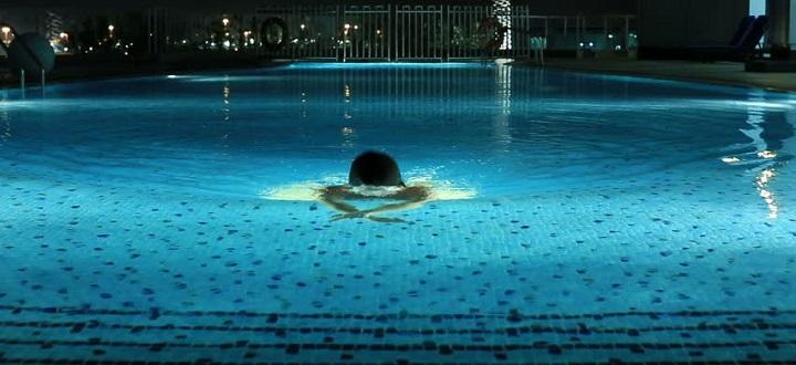 Berenang Dimalam Hari
